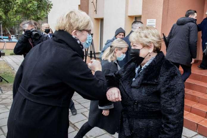 Šimonytė chce mówić o szczepieniach w językach mniejszości narodowych, spotkała się z Marią Rekść