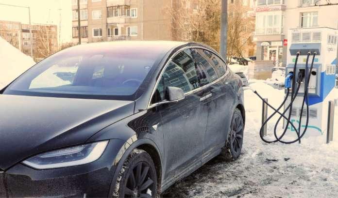 Zakup samochodu elektrycznego będzie częściowo refundowany