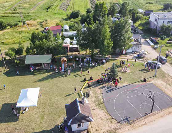 Zbudowano nowe boisko do koszykówki we wsi Werusowo