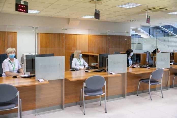 Samorząd Wilna wznawia usługi stacjonarne. W gmachu dostępne także konsultacje spółek miejskich