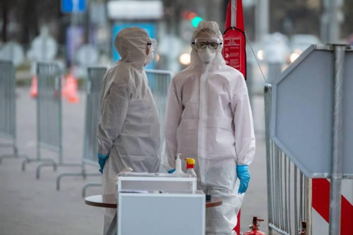Pracownicy medyczni w pandemii na Litwie