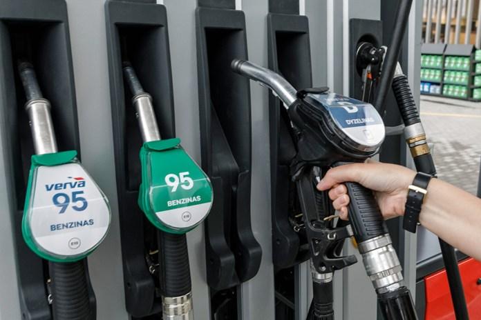 Rząd szykuje się do podniesienia akcyzy na paliwa