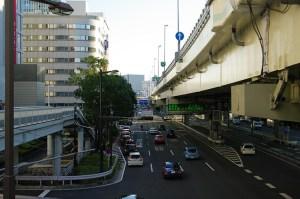 幹線道路の写真
