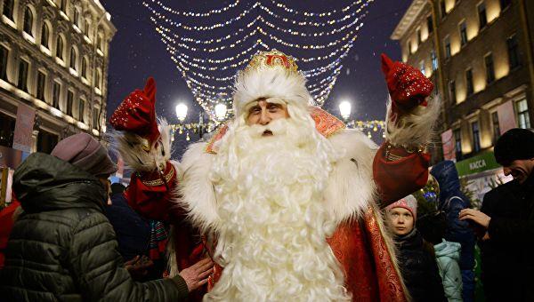 Что россияне просили у Деда Мороза?