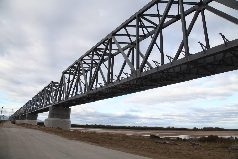Власти Тунцзяна заявили, что движение поездов по нижнеленинскому мосту начнётся в июле этого года
