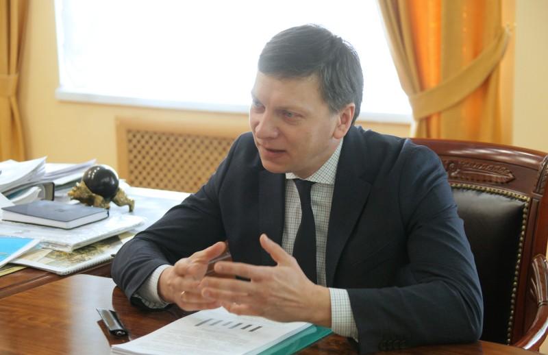 Бизнес-омбудсмен Вячеслав Пастухов знает о проблеме коммерсантов с «весогабаритной рамкой»