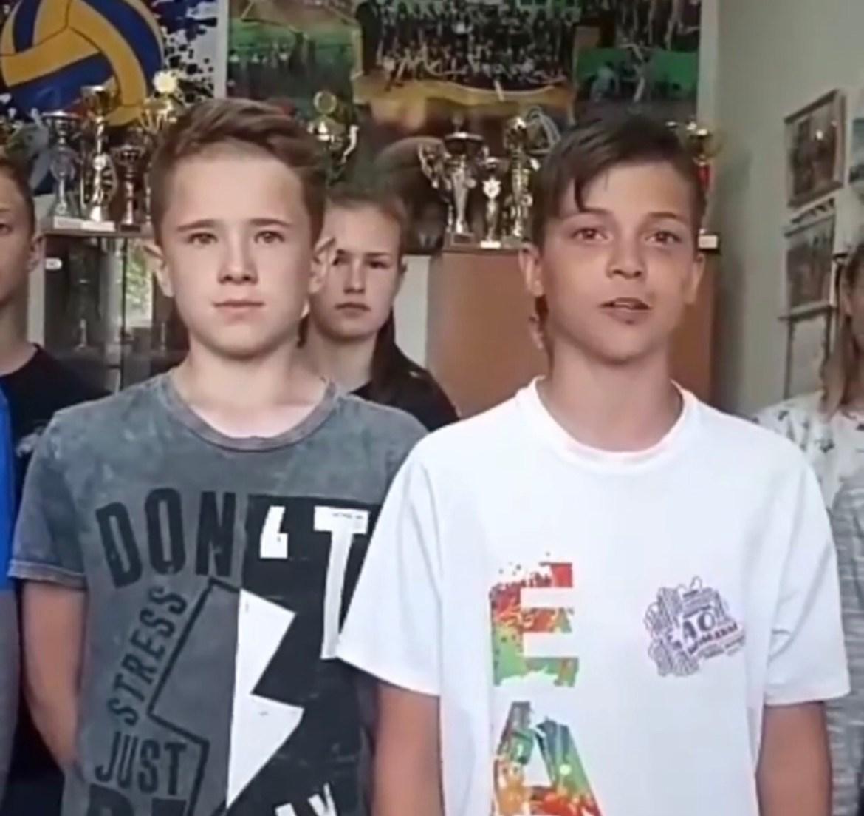 Ученики  школы № 5 Биробиджана обратились к Владимиру Путину (ВИДЕО)