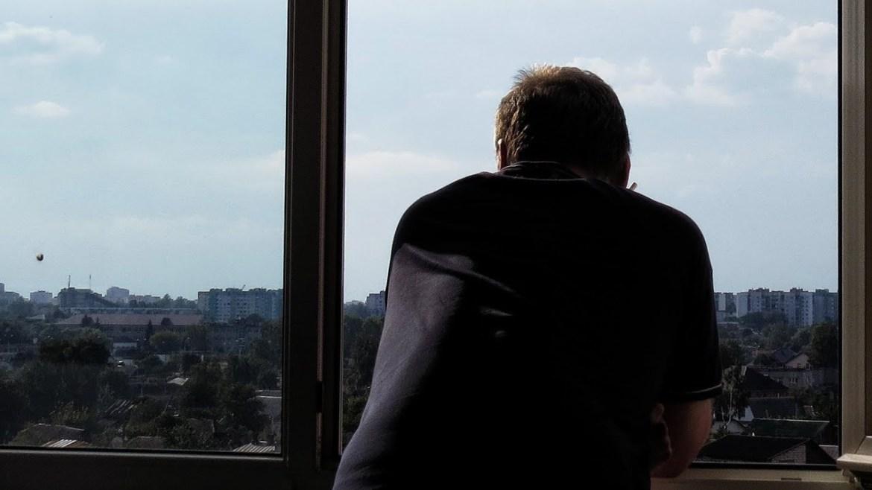 Курение на балконах в России запретили или нет?