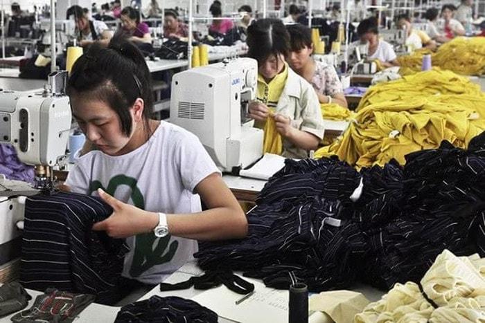 Поставки одежды и обуви в Россию на весну нарушены из-за коронавируса в Китае