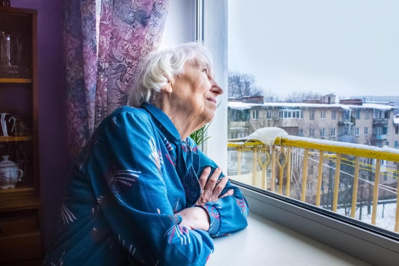 Вам за 60 и вы в группе риска по COVID-19. Как сохранить здоровье?