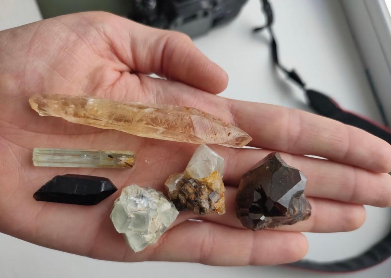 «Инопланетяне прилетят раньше, чем в ЕАО найдут рубины»: биробиджанец Сергей Ландик ищет и находит минералы в ЕАО