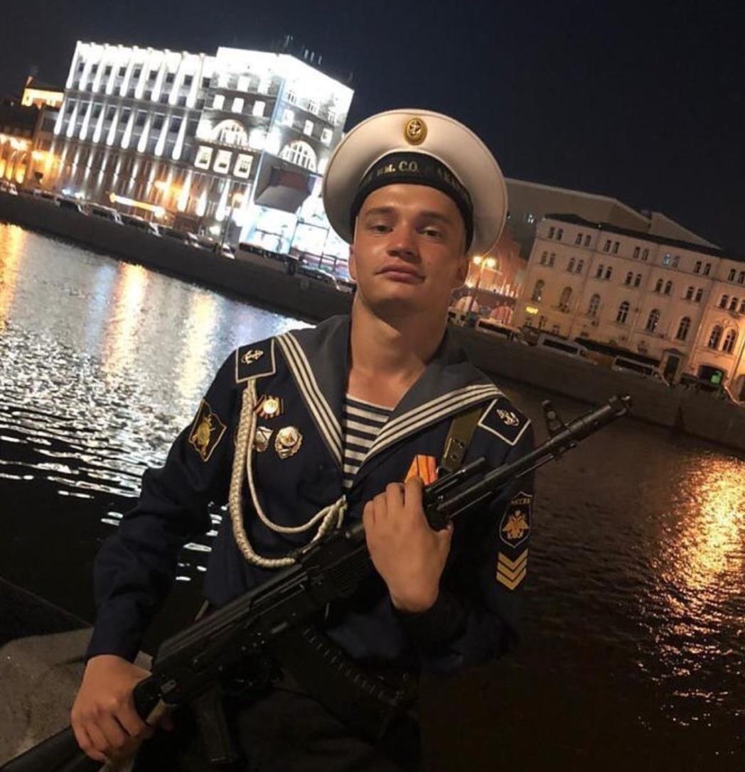 Александр Лесной из села Ленинское участвует в параде на Красной площади