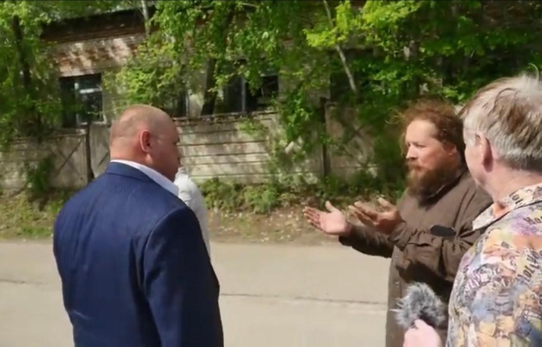Расстригу и бывшего навальниста Михаила Баранова, называющего Россию «быдлостаном», задержали в Облучье