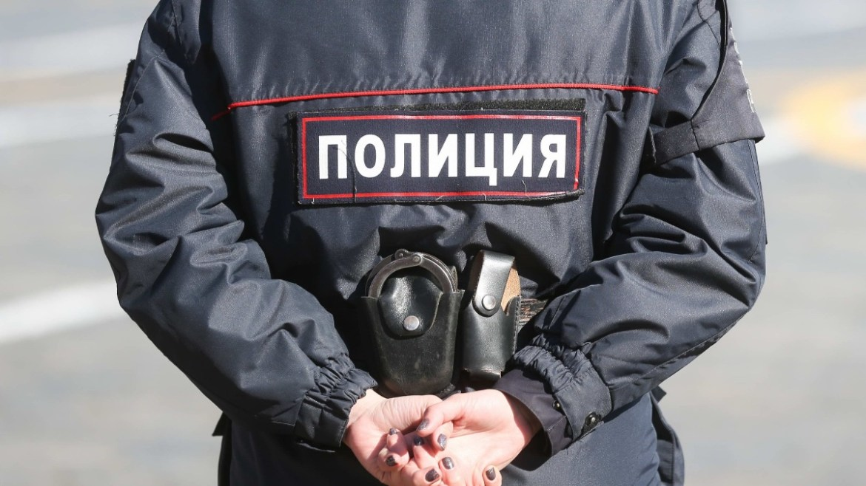 Два экс-полицейских из ЕАО отправятся в колонию за нанесение человеку термических ожогов электрошокером