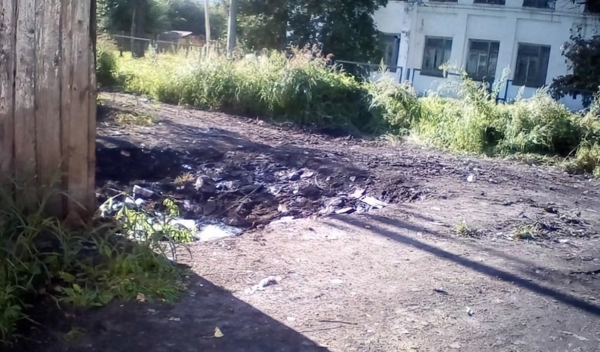 В поселке Смидович убрали мусорную свалку