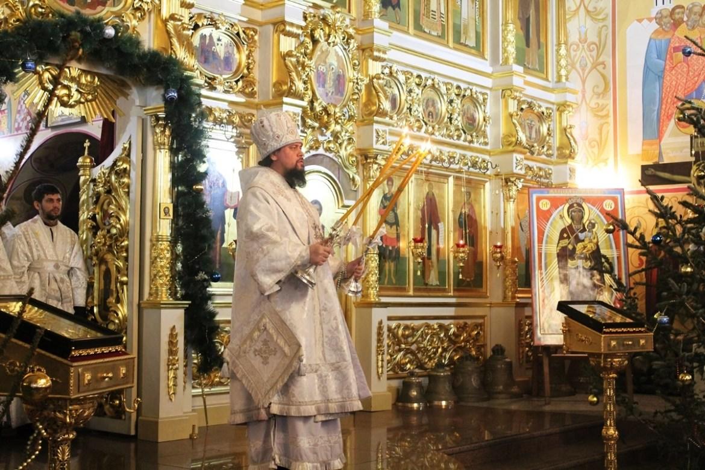 На Рождество архиепископ Ефрем призвал паству подражать Христу