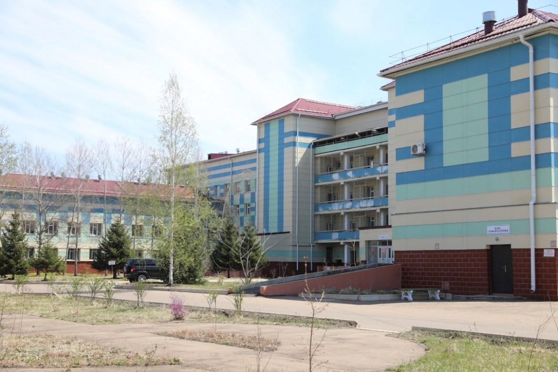 В конце мая в Биробиджане  инфекционную больницу перевели из режима коронавирусного госпиталя в штатный режим. Спустя две недели в регионе начался рост заболеваемости COVID-19