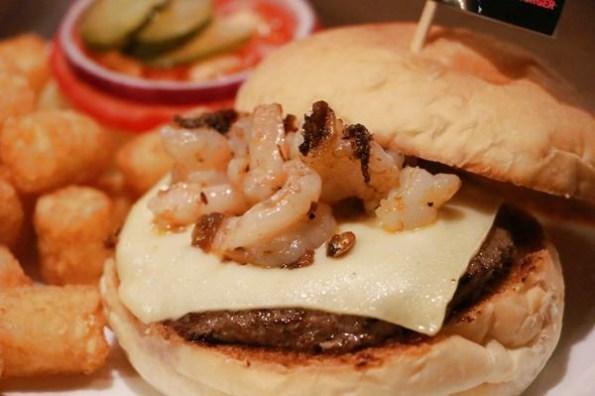 巷弄 台大美食 拉芙漢堡 鮮蝦xo醬漢堡好特殊學生聚餐首選 捷運公館站 台大美食