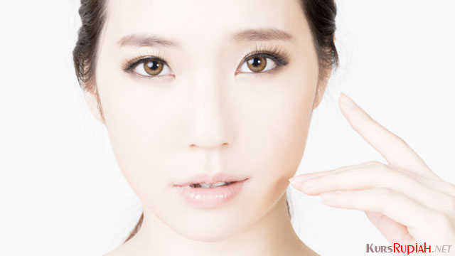BB Cream Wanita - (Sumber: beautybytheages.com)