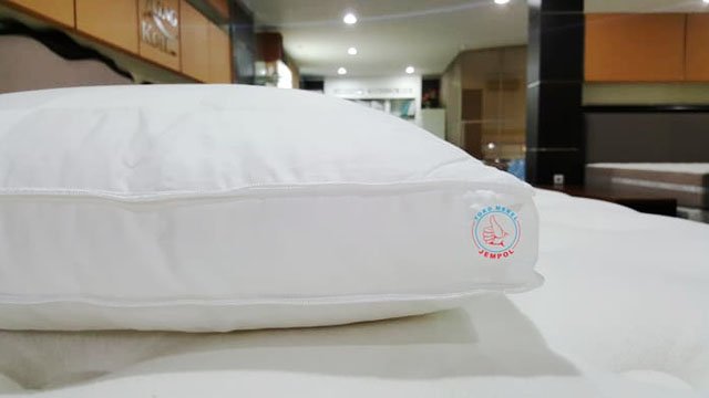 Bantal King Koil - www.tokopedia.com