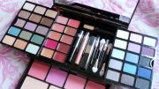 Eyeshadow Palette - peaceloveandglitter.wordpress.com