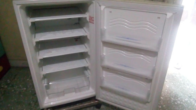 Freezer Sharp 4 Rak - www.bukalapak.com