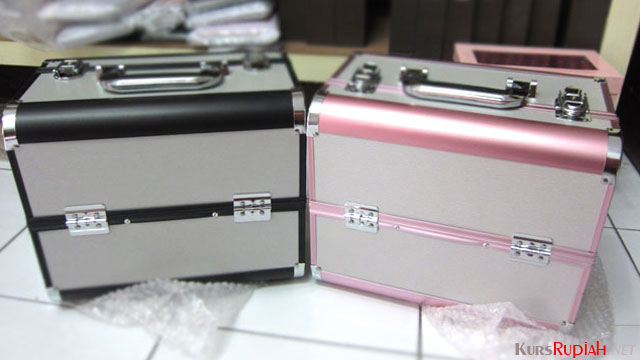 Kotak Make Up - www.dompet-tas-murah.com