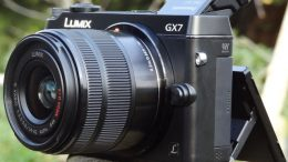 Panasonic Lumix GX7 - www.stuff.tv