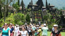 Turis Asing ke Bali - bali-travelnews.com