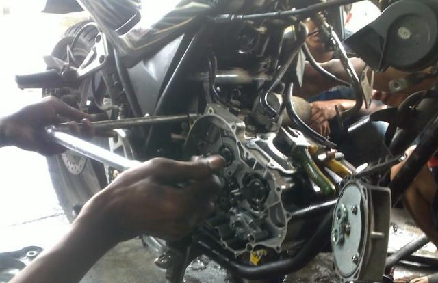 cara atasi mesin motor overheat