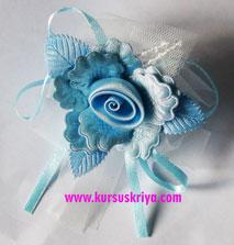 Korsase biru muda hiasan tule dan manik manik