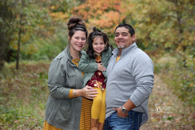 fall family portrait toledo ohio