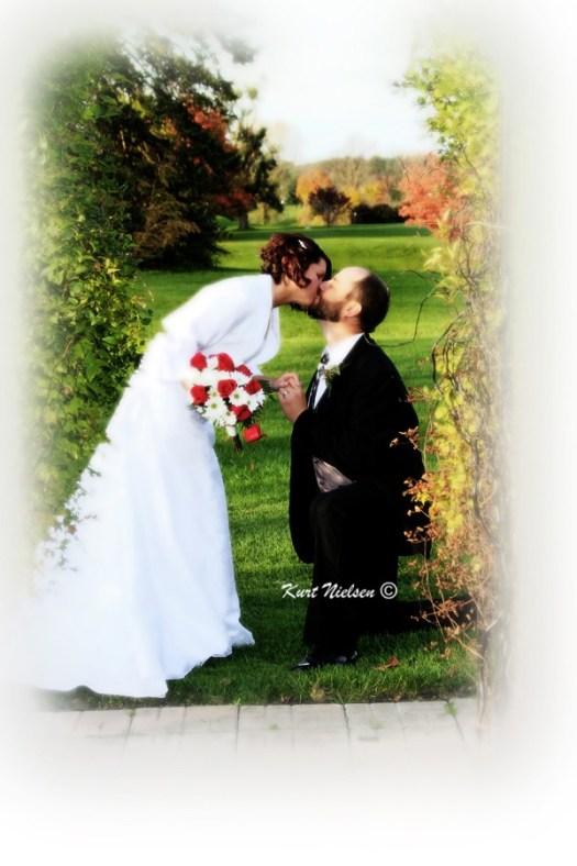 Artistic Wedding Photographer Toledo OH