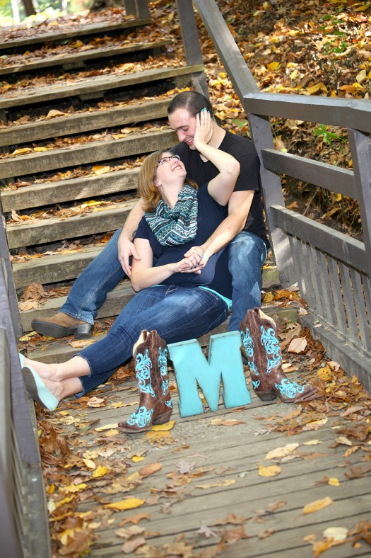 fall engagement portraits in the park