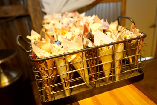 flower petals to throw at the wedding