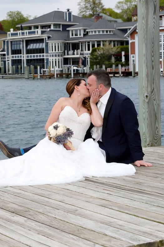 round lake wedding photographer