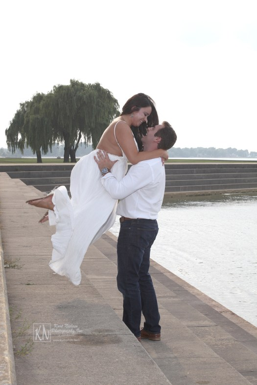 engagement photos at the Maumee Bay State Park Lodge and Resort