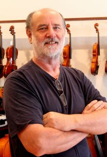 Alex Grant, Melbourne based violin maker.