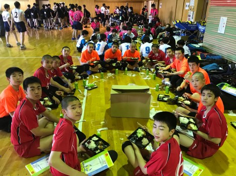 釧路バレーボール協会中学校委員会全道中体連北見大会1日目開会式の様子投稿ナビゲーションQRコードはこちらです新着情報Count per Day最近の投稿最近のコメントアーカイブカテゴリーメタ情報