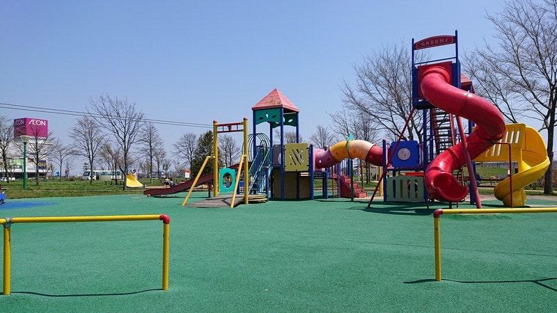 釧路市昭和中央公園の遊具