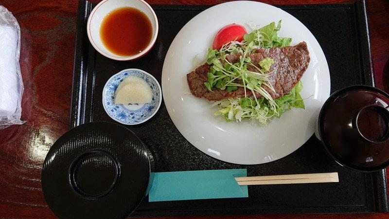 和食すずなりのステーキランチ