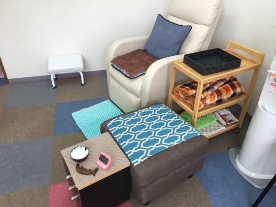 足もみの駒沢の椅子