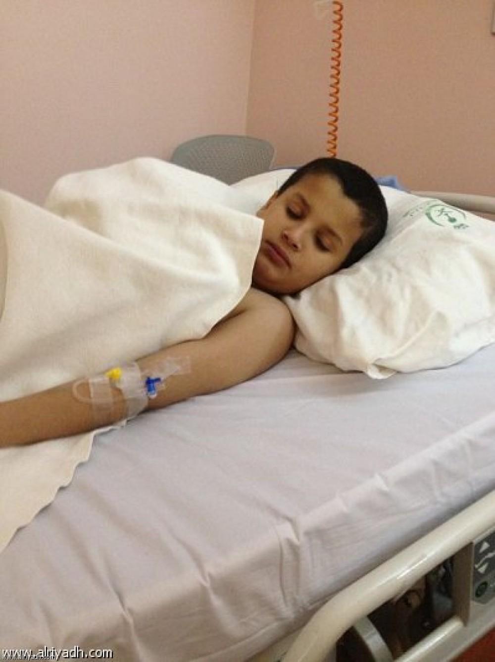 مصرع طفل بعد دخول (حبة عدسية) في قصبته الهوائية وعدم تمكن المختصين في المستشفى من انقاذه.
