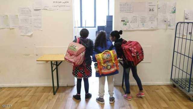 طفل سوداني يتعرض لأبشع أنواع العنصرية في لبنان