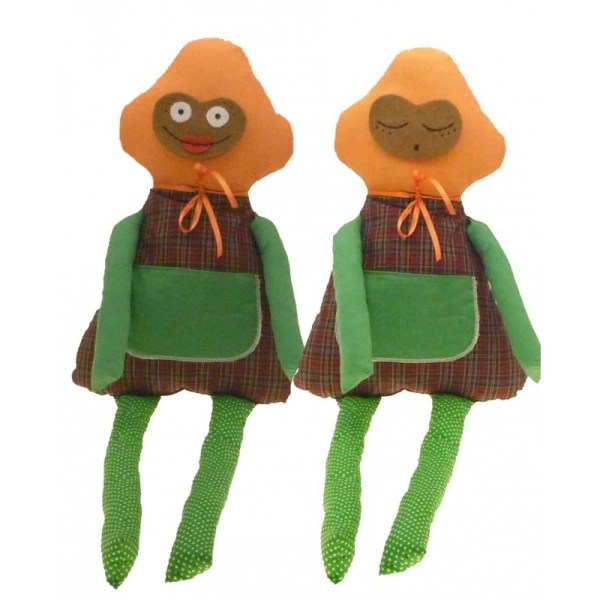 Muñeco de tela verde