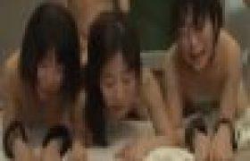 【女子校生強姦動画】ド変態先生に教室で極悪強姦される女子校生3人組がヨダレまみれになり隅々まで犯され崩壊