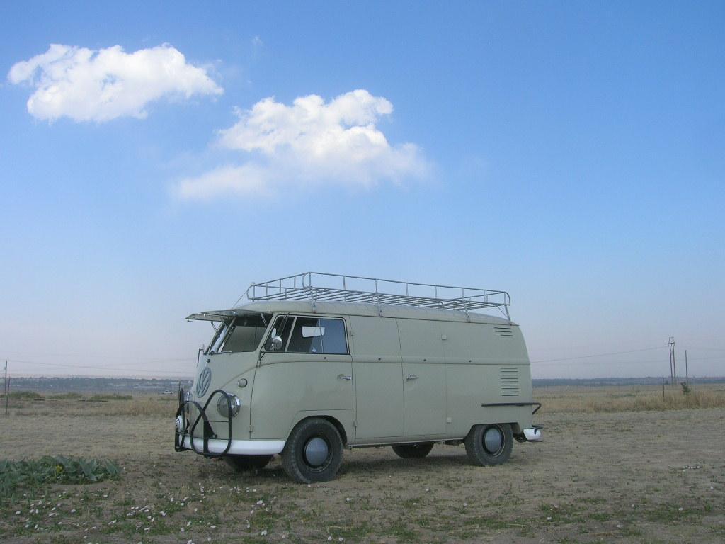 pueblo vintag bus