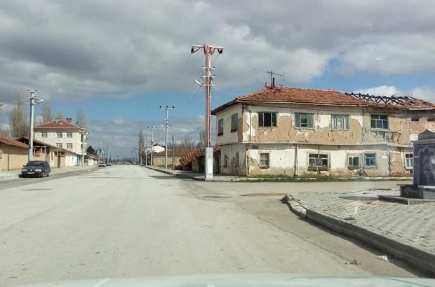 Aslanapa'da köy odaları kapatıldı