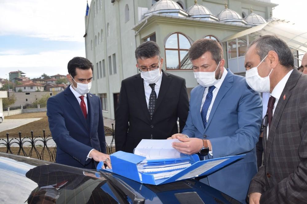 Kütahya Valisi Ali Çelik, ilçe ziyaretleri kapsamında Pazarlar'ı ziyaret etti
