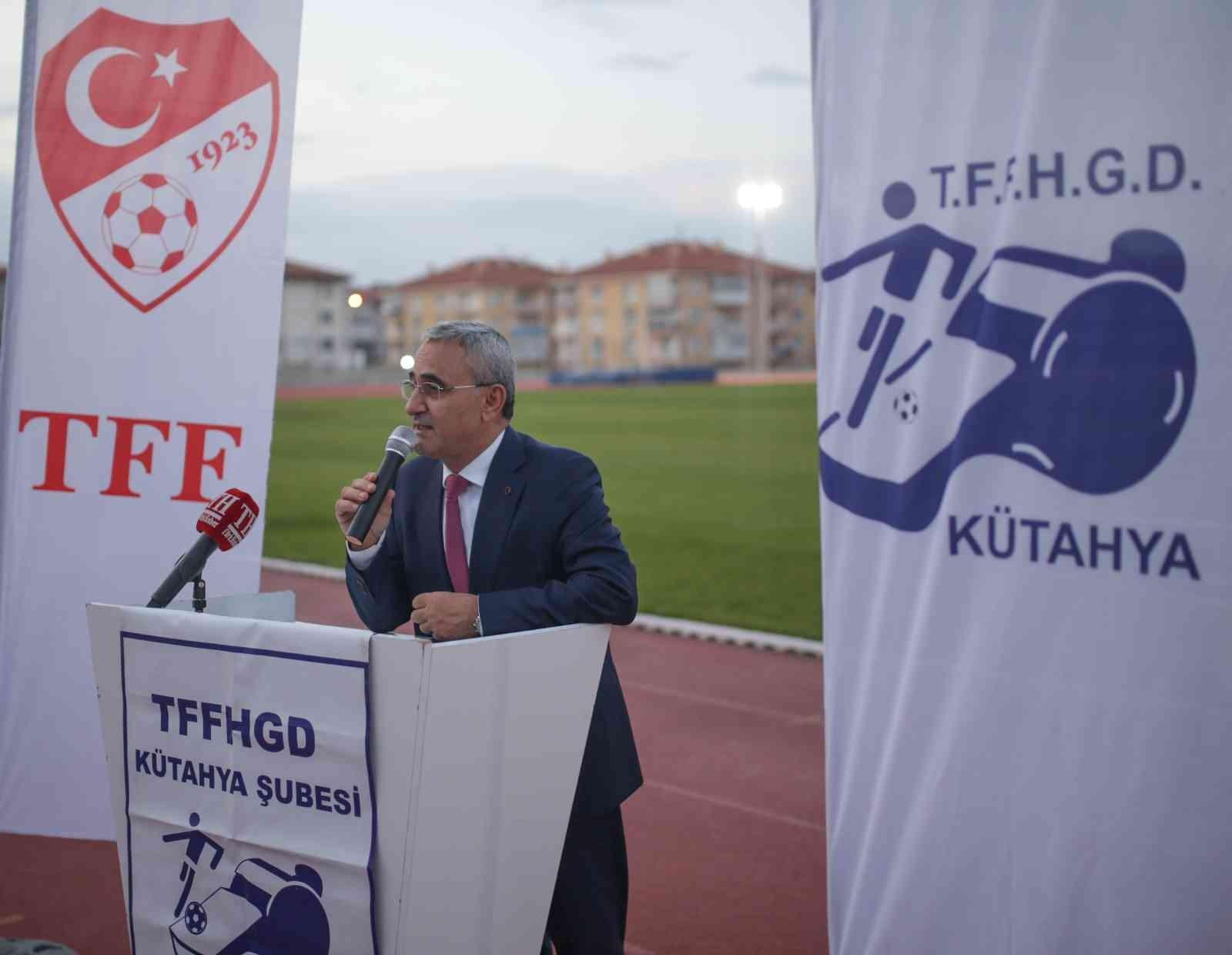 "Başkan Alim Işık: ""Kütahya futbol kentidir"""